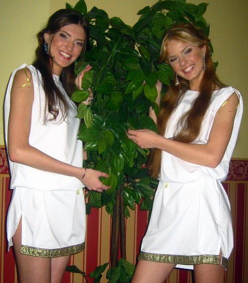 roman-girls.jpg