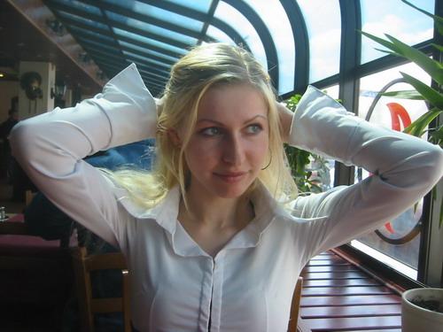 russian-woman-anna-r1.jpg