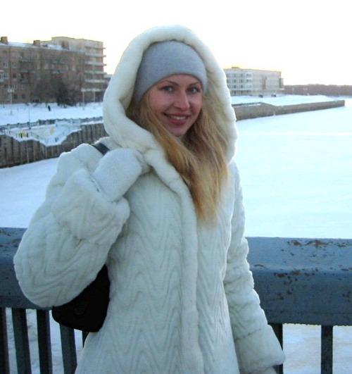 russian-women-anna2-r.jpg