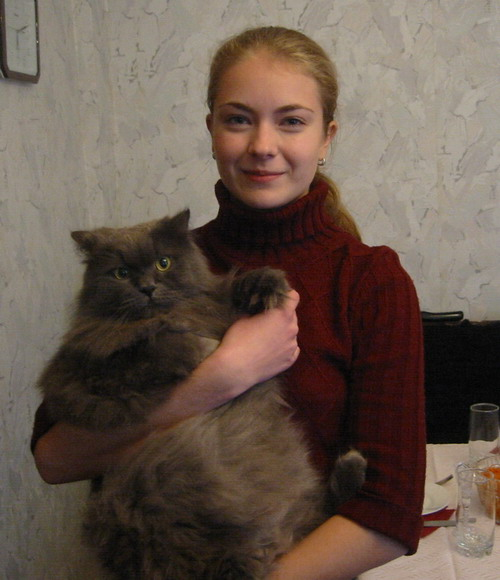 russian-women-inessa-and-her-cat.jpg