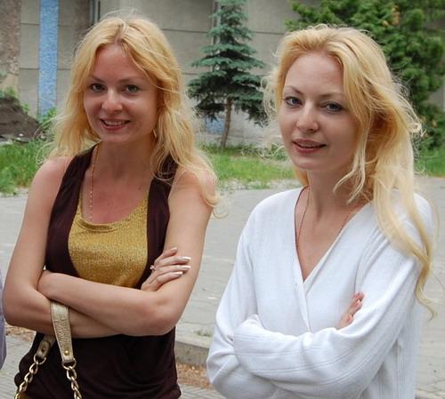 russian-women-siberian-sisters-2.jpg