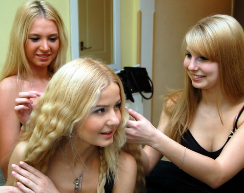 russian-women-elena-masha-jenya_r